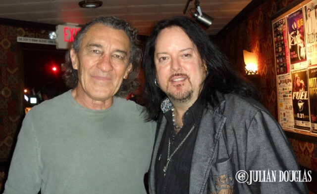 Too cool, more radical times with Fee Waybill of The Tubes, August 2014.