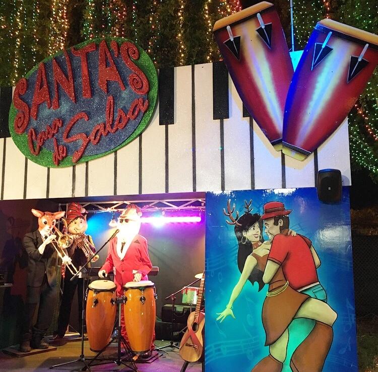 Animated Christmas Display Santa's Casa De Salsa