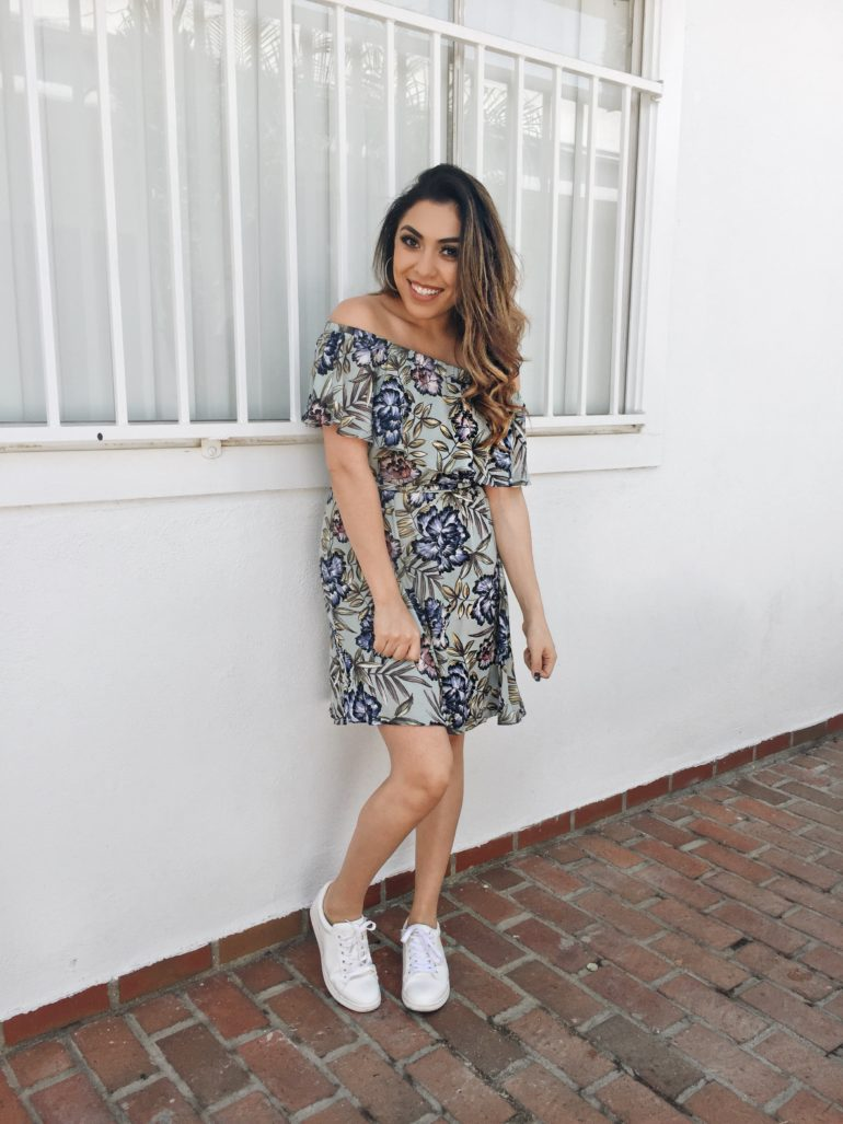 Alexis Alcala Fashion Blog Post wearing Nordstrom, ASTR and Sam Edelman