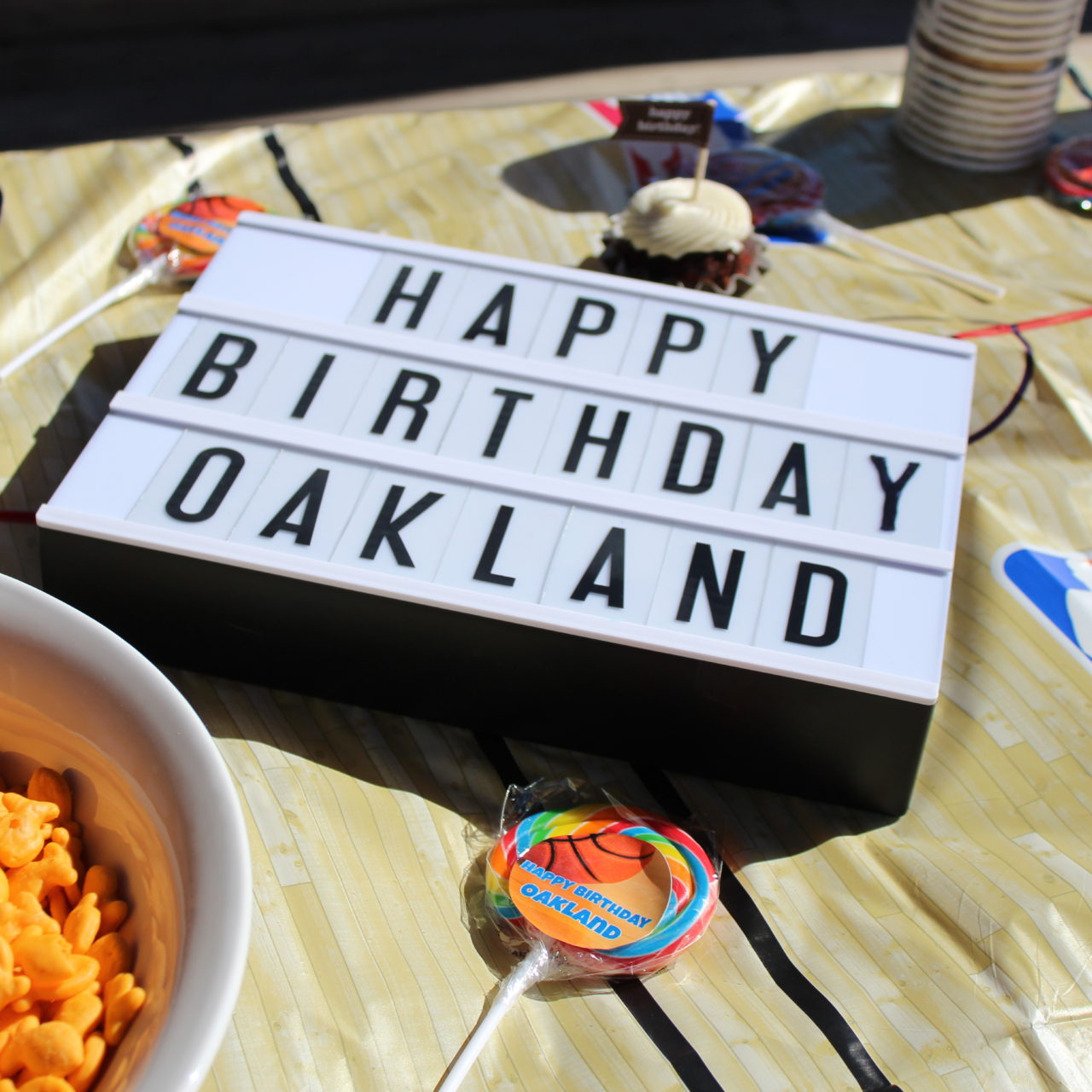 Oakland's Basketball Party!