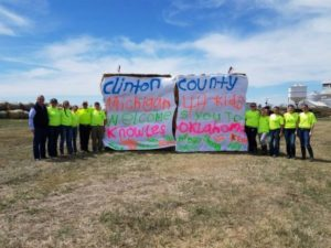 After wildfires destroyed vast areas for grazing cattle this spring, Michigan 4-H clubs in more than 10 counties provided an outpouring of support by collecting supplies and generating funds, and several 4-H groups took part in service trips to help clear debris, rebuild fence, and deliver feed and supplies.