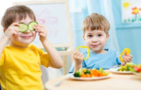 5 ways to get your kids to eat healthy Nutraphoria
