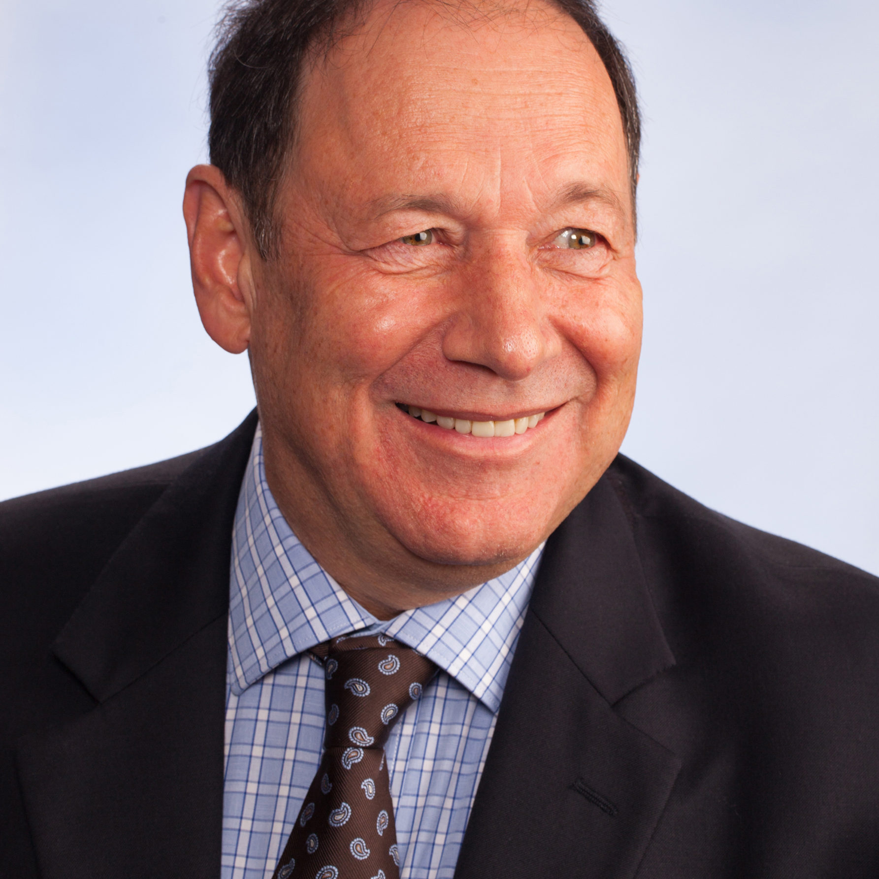 Associate Professor Mark Cordato BDS, MDSc, MRACDS, FICD, FADI, FPFA. Orthodontist at Lithgow valley Smiles.