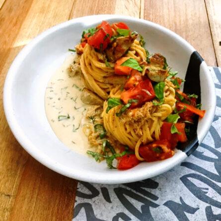 Spaghetti de Jaiba y Curry Fresco