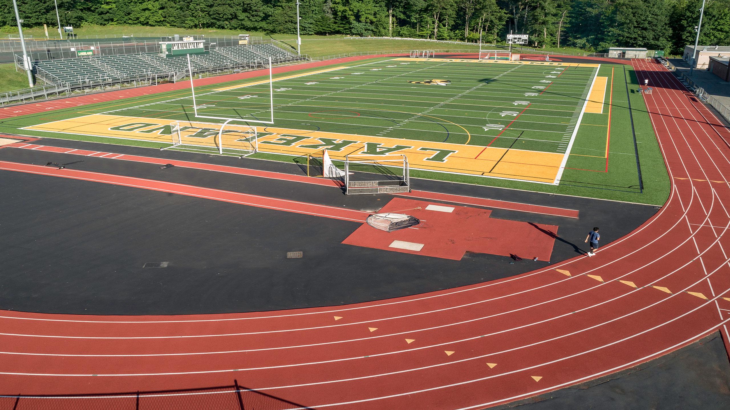 LHS-Field02