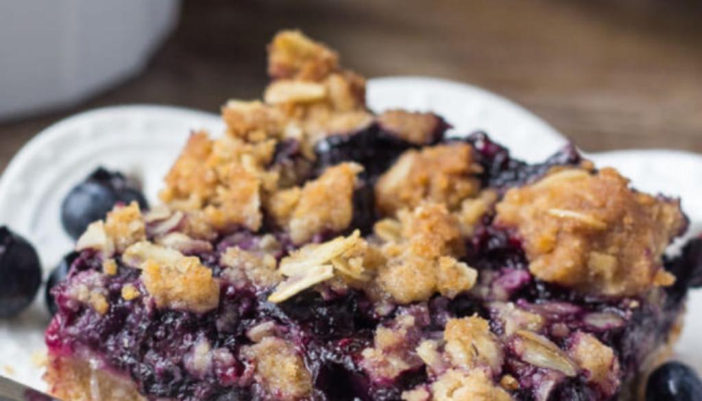 blueberry-oatmeal-crumble-bars