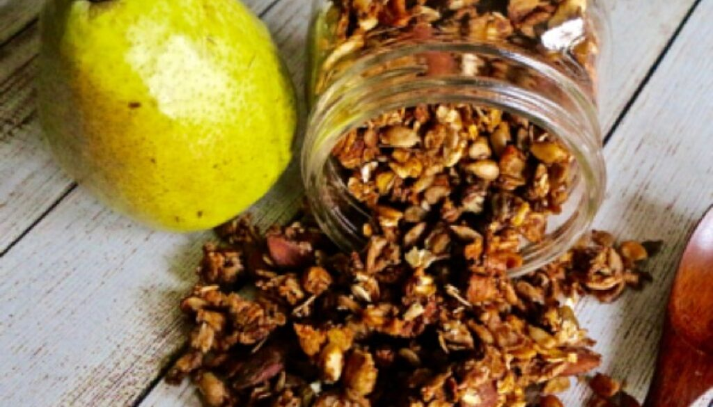 baked-pear-trailmix