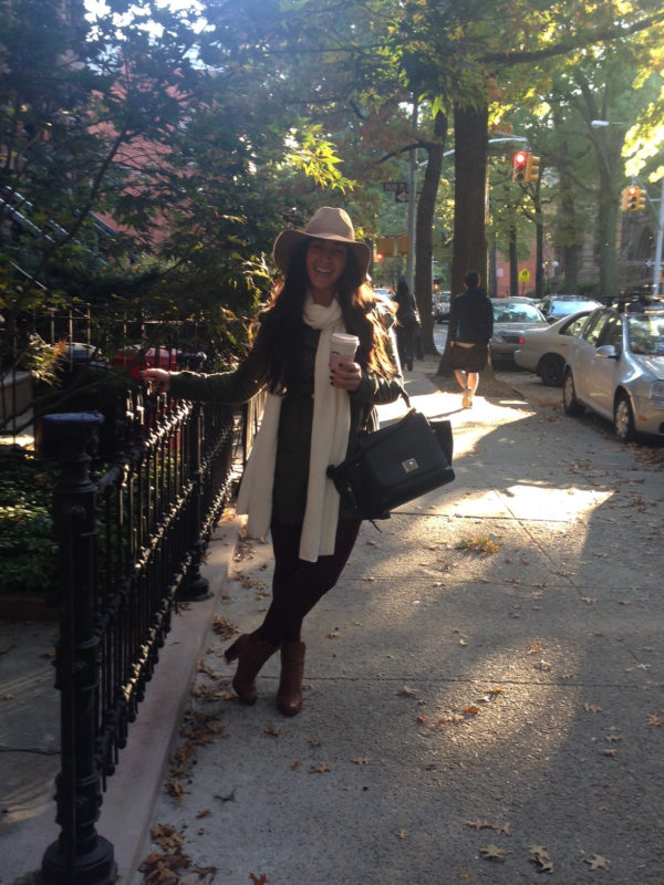fall-outfit-hat-booties