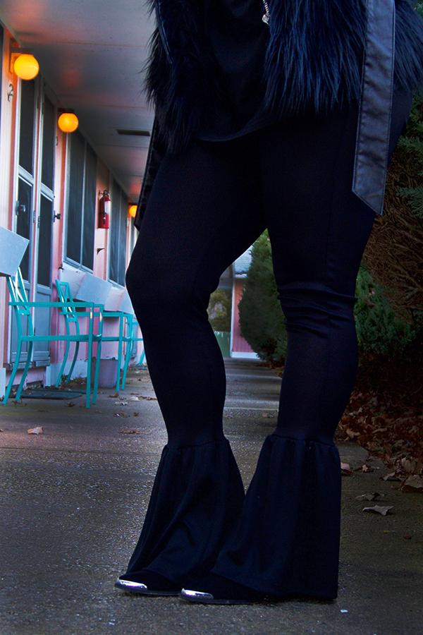 wu-tang-tee-bell-bottom-pants-fur-vest-all-black-16