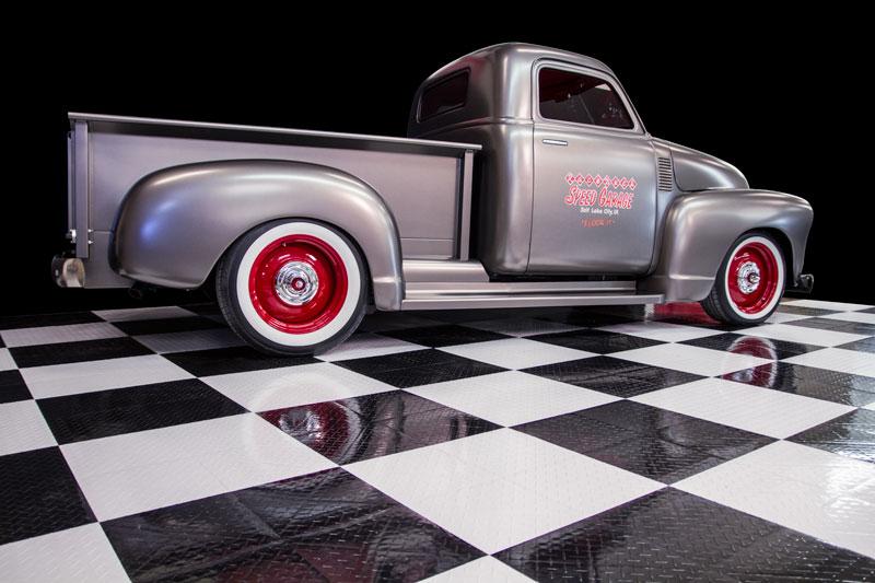 SpeedGarage_truck_back