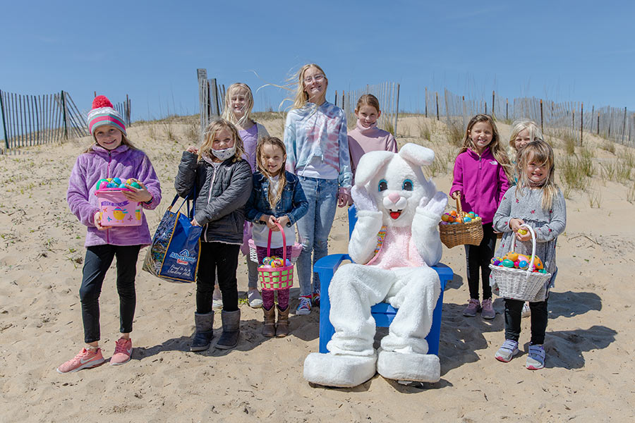 Photos from the 2021 SBCL Easter Egg Hunt