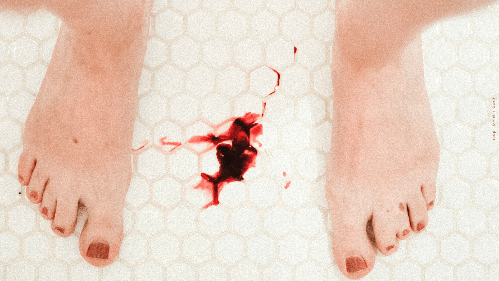 Read more about the article No Blue Liquid Here ! Normalising Periods Begins With Showing The Actual Blood