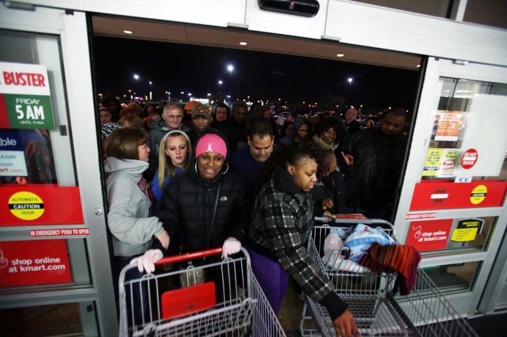 1980s & 1990s America's Shopping Holiday | via History.com