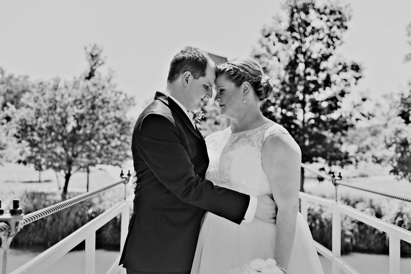 Kelley_Wedding_080BW