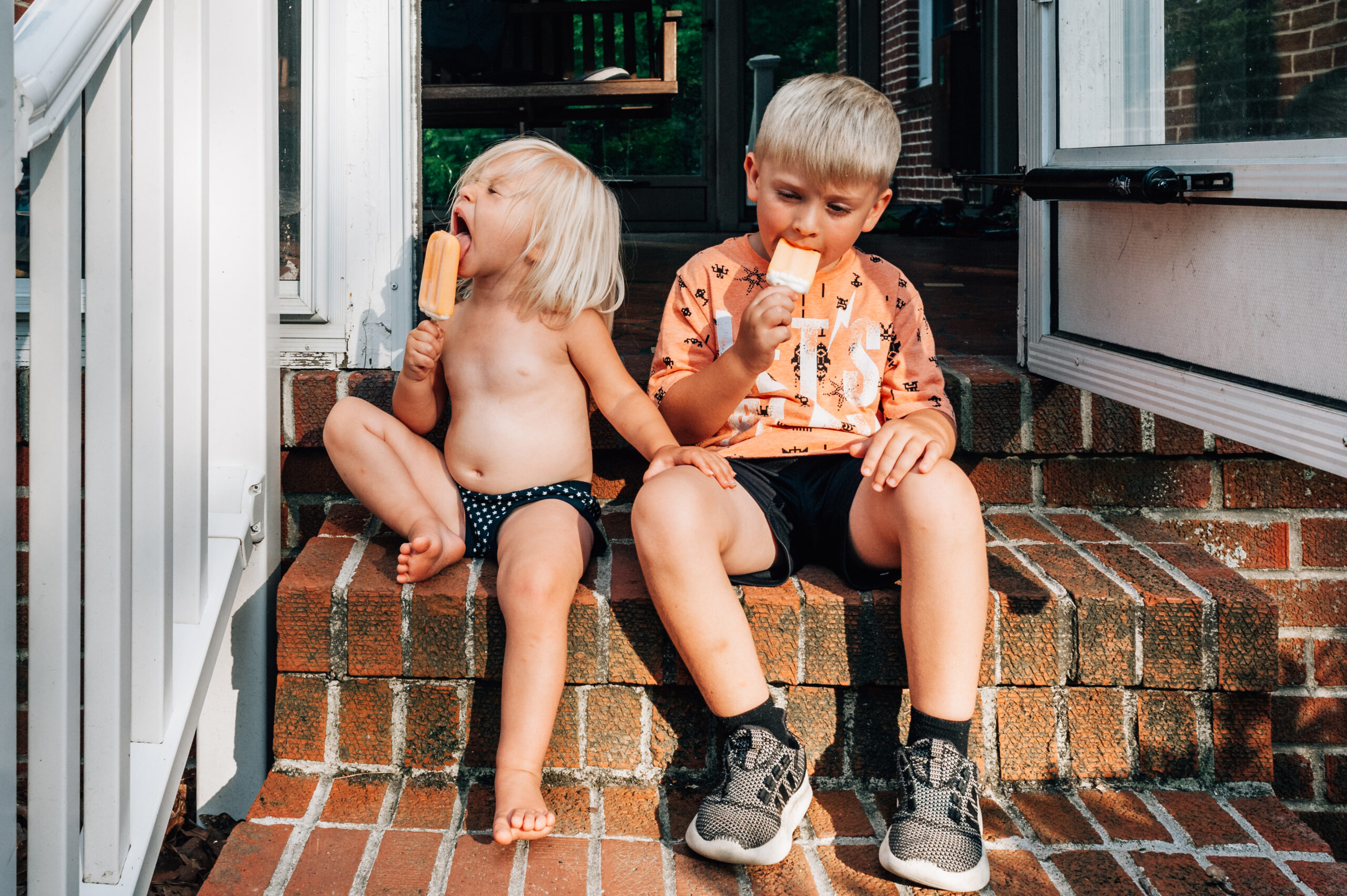 Front Porch Stories - Mini Sessions in Newport News, Virginia