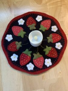 MaryJean candlemat