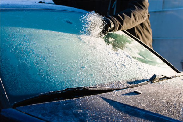 Winter Windshield Upkeep: Everything You Need to Know