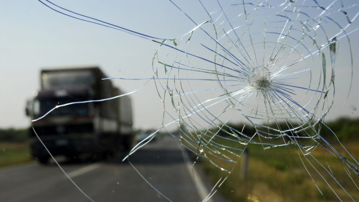 3 Most Common Causes of Windshield Damage