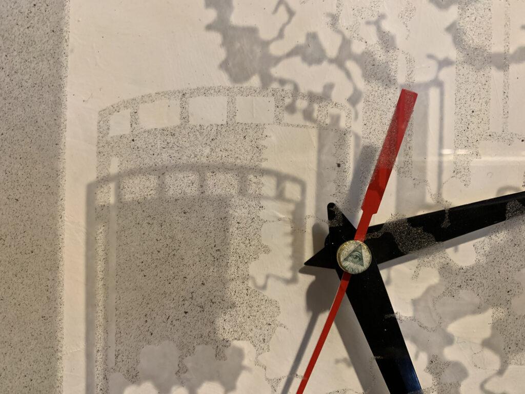 smog clock 2020_IMG_0949_detail_web