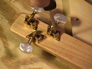 tighten the pinion gears