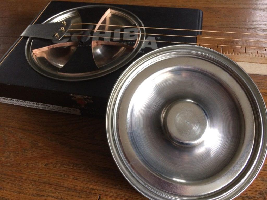 Gitty hubcap resonator cones