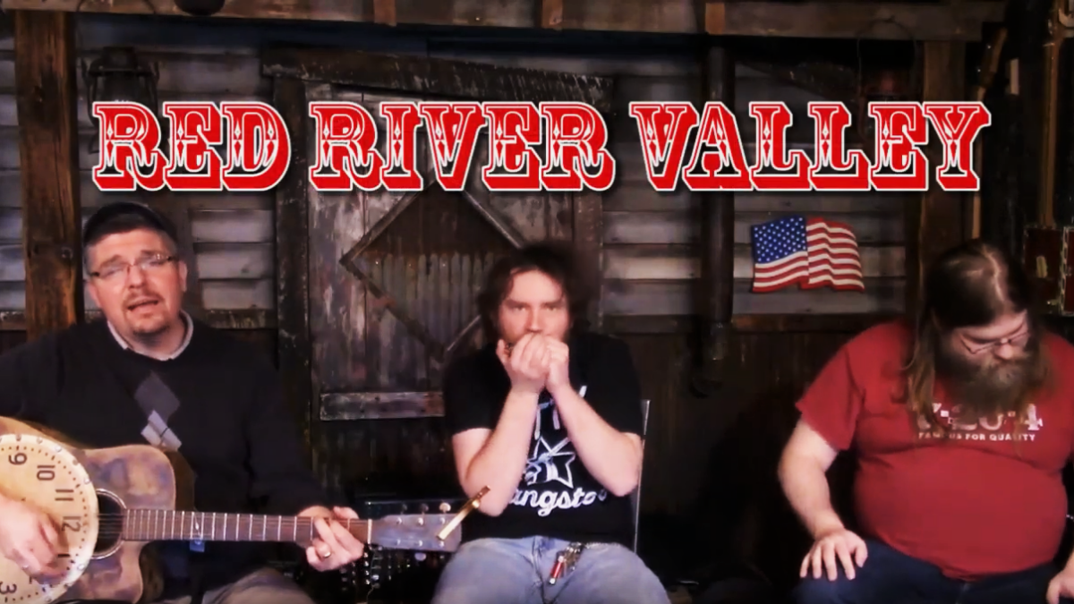 [VIDEO] The Gang Performs Red River Valley