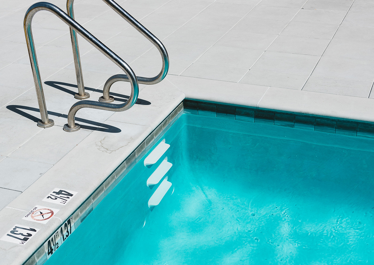 Summer Pool Safety Tips: How to Recognize and Treat Drowning Victims
