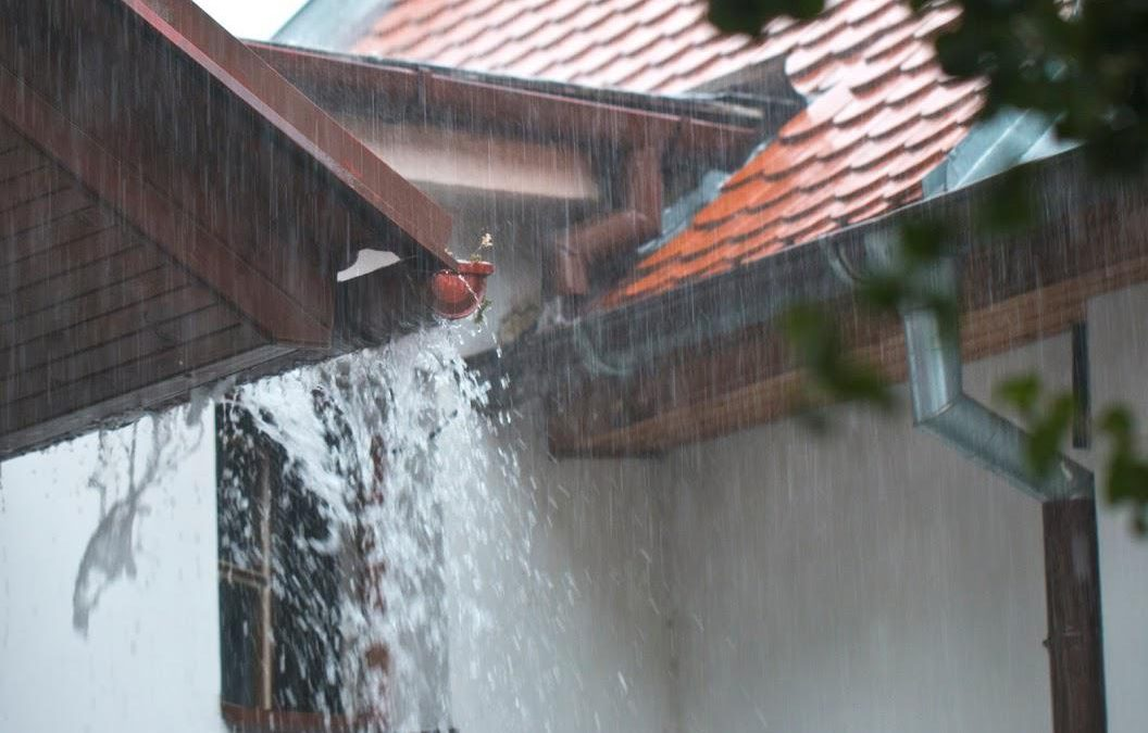 Top Roofing Mistakes to Avoid After a Storm