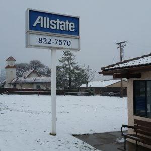 Snowing in Tehachapi