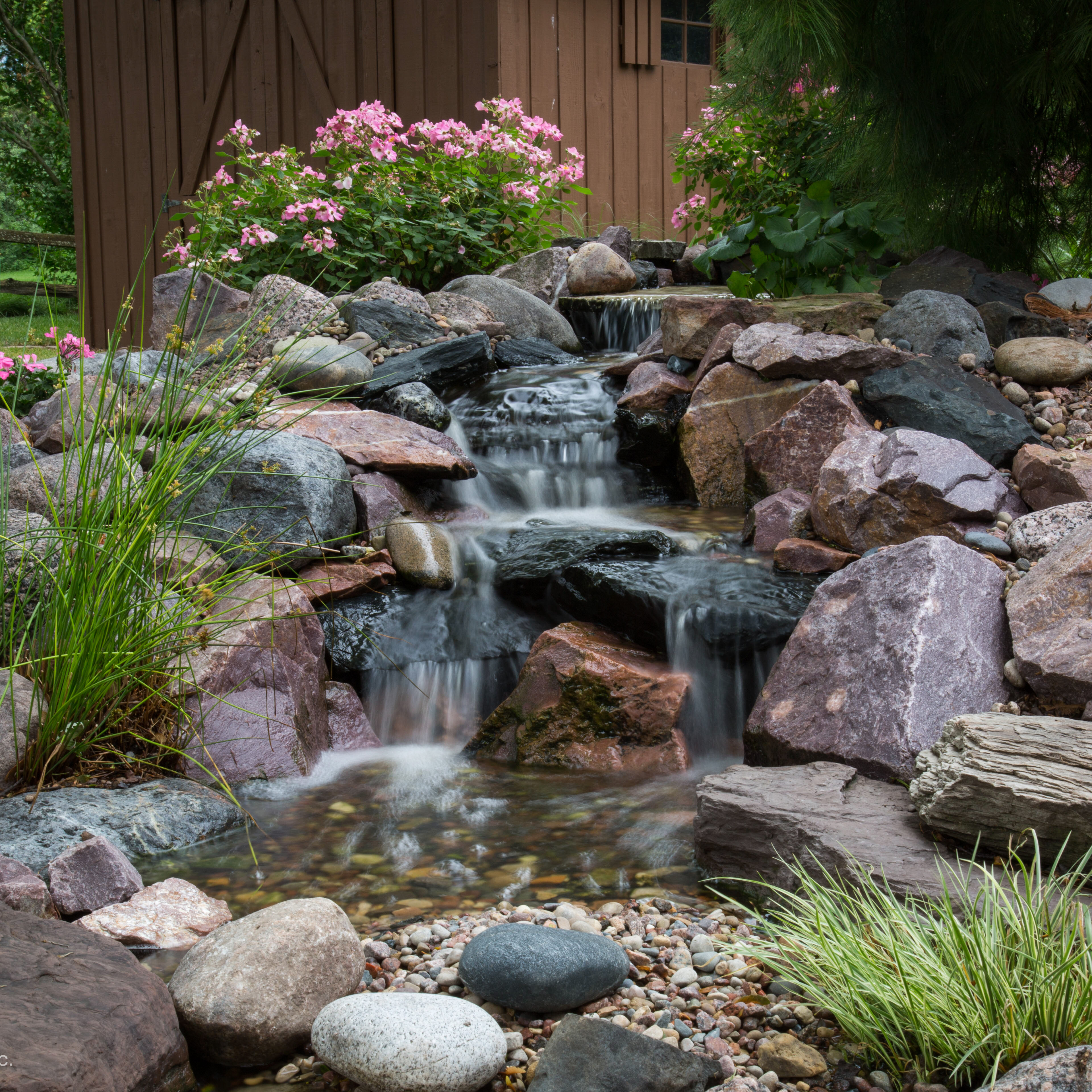 Small 6ft Pondless Waterfall_03
