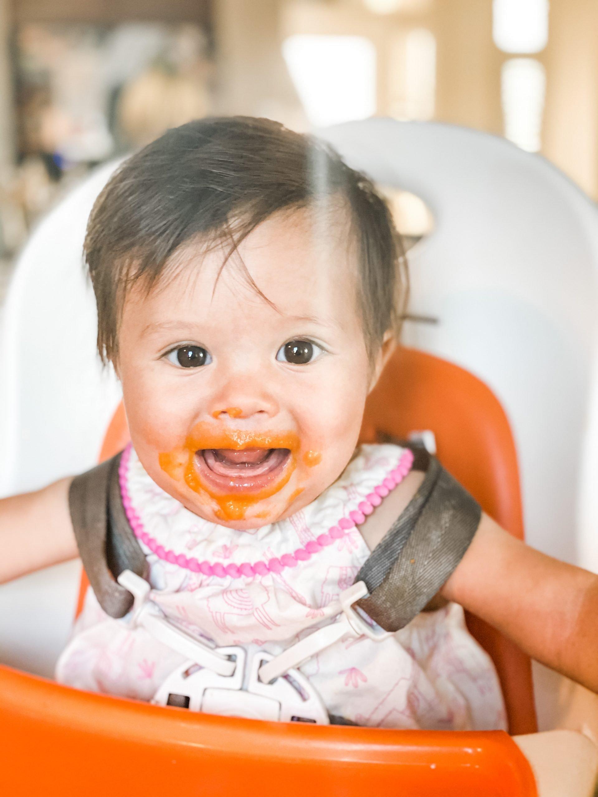 Orange bell pepper baby food purée