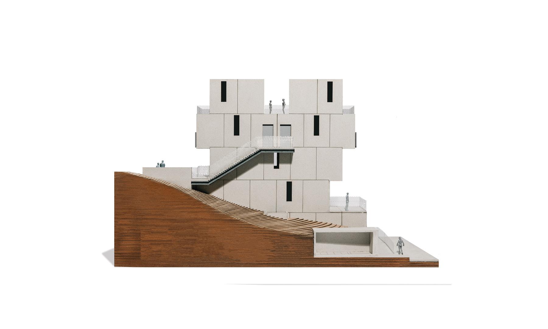 MUTUO-Boyle tower model-75_carousel