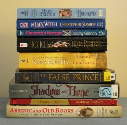 CRRL-Booksale-2015-04-17_IMG_3890_Cropped_400x408