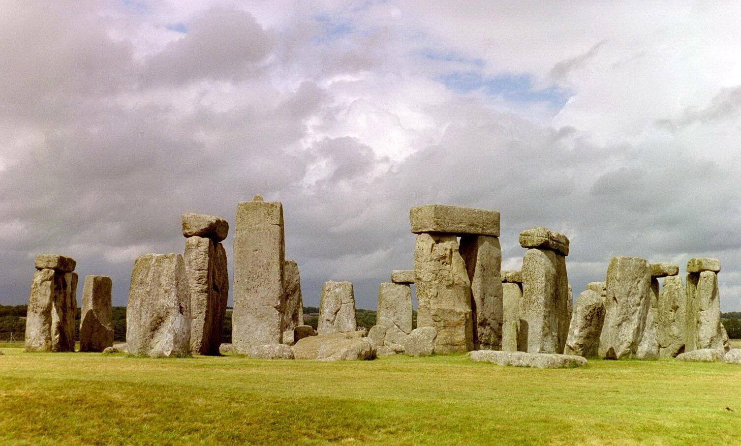 Stonehenge-KMP-2002_image1028_cropped+edited_web-resolution