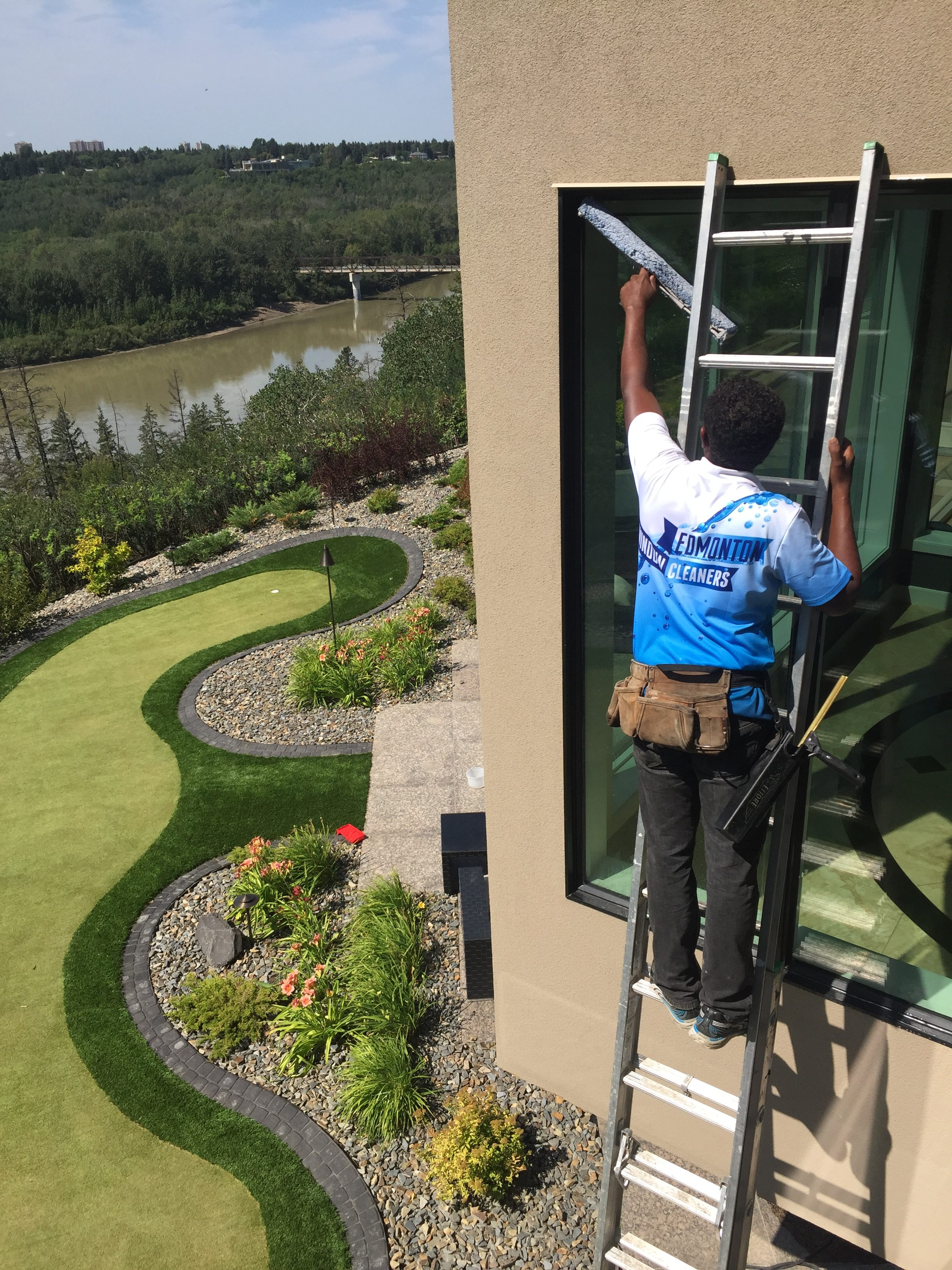 Window Cleaning Edmonton