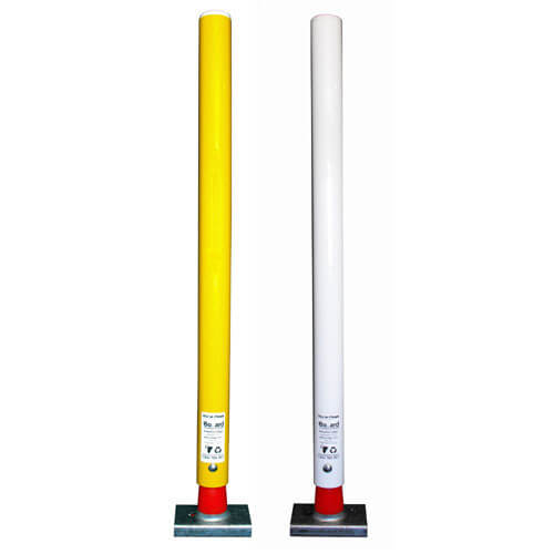 2-flexible-posts-yellow-white