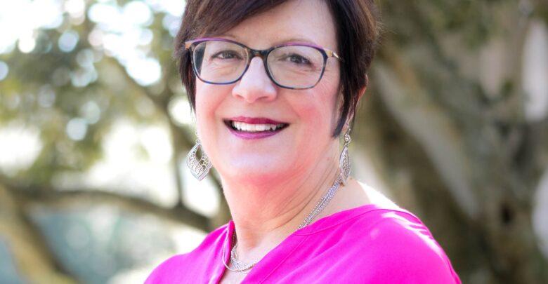 Photo of Lynn Hupp