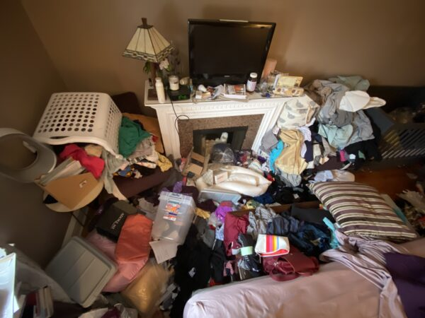 Messy Bedroom Floor | babydroppings
