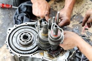 transmission-repair-mechanics