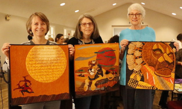 Sew in Love: Quilters Hang Together by Many Threads