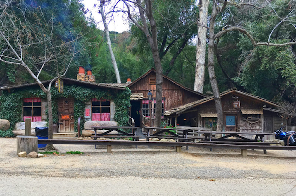 Cold Springs Tavern