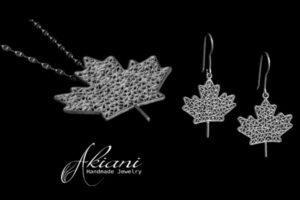 Maple Leaf Set