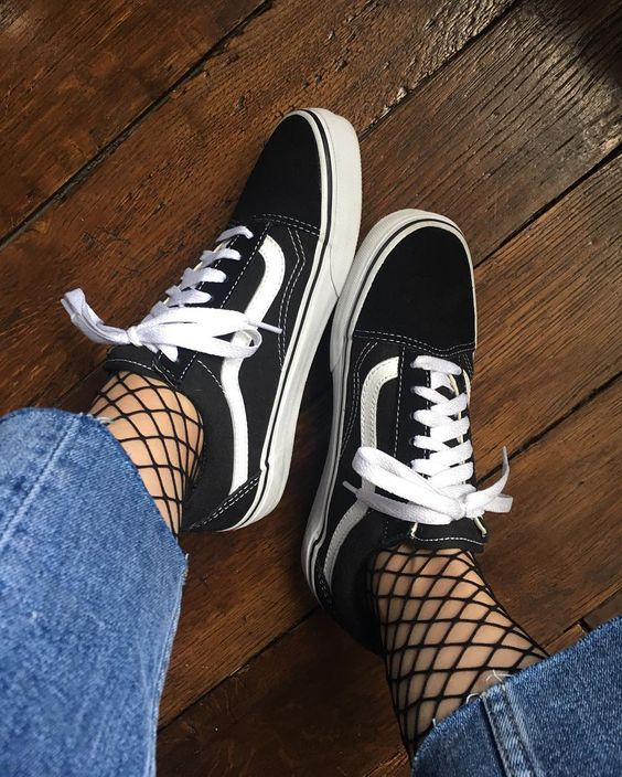 Fishnet tights with jeans and Vans | Girlfriend is Better
