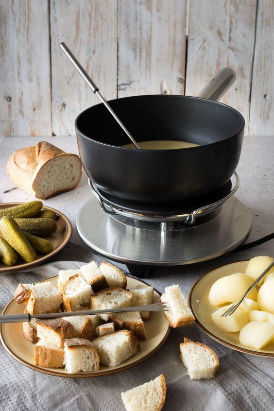 Swiss fondue recipes + more | Girlfriend is Better