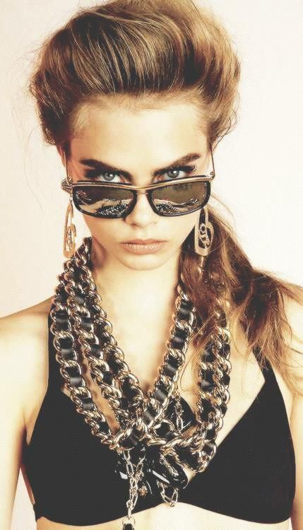 Layer gold chains for an 80's hip-hop fashion DO   Girlfriend is Better