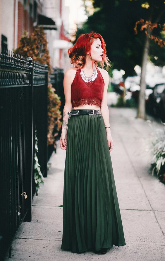 Pleated maxi skirts are prefect for date night   Girlfriend is Better