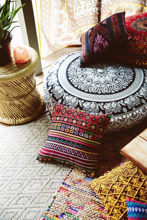 Zafu meditation pillows + cushions | Make your space inviting | Girlfriend is Better