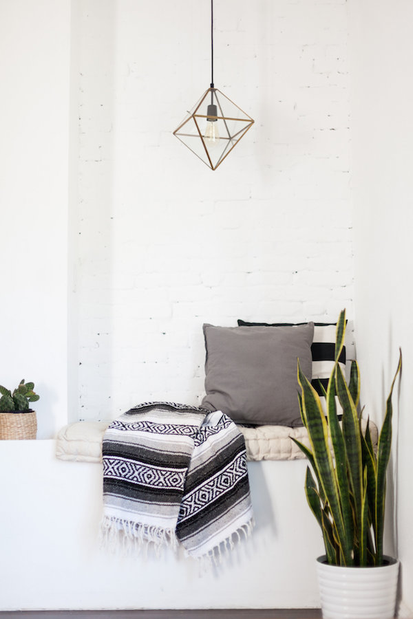 Mexican blankets home decor | Girlfriend is Better