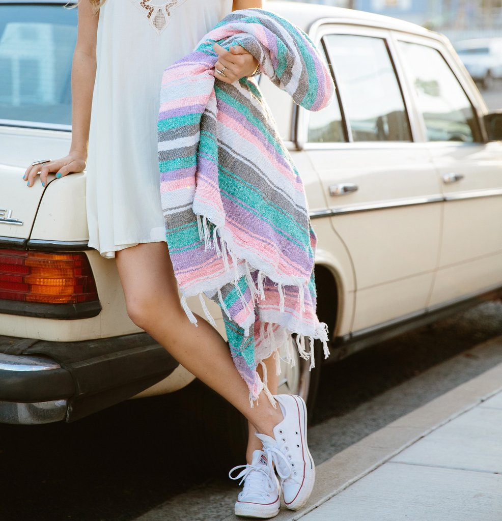 Mexican blankets for road trips | Girlfriend is Better