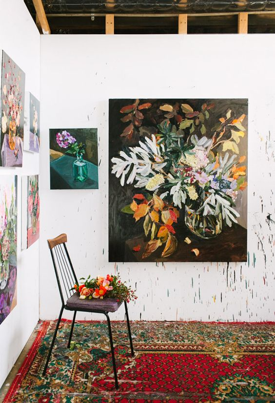 Attract prosperity and wealth with Feng Shui | Artwork with abundant flowers | Girlfriend is Better